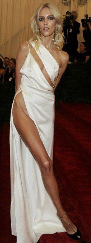 Откровенное платье (9 фото)