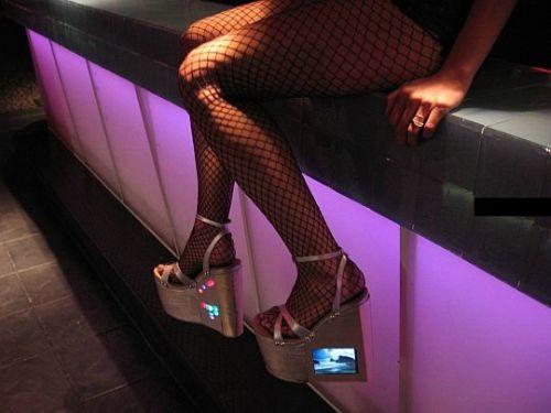 В чем ходят проститутки (14 фото)