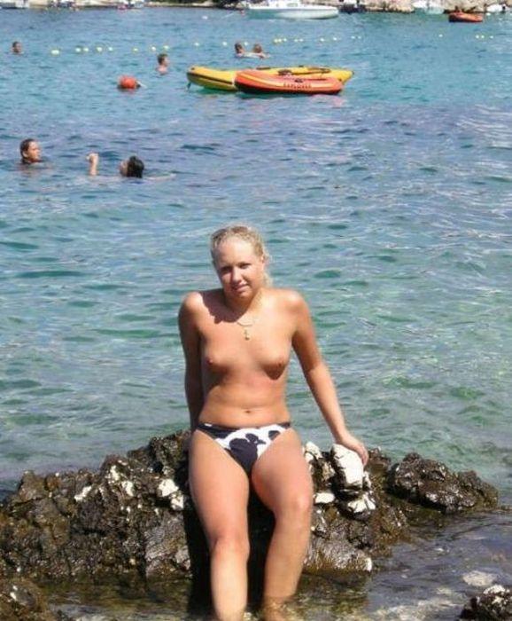 Девушки на пляже (100 фото)