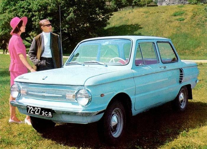 Реклама советских автомобилей (36 фото)