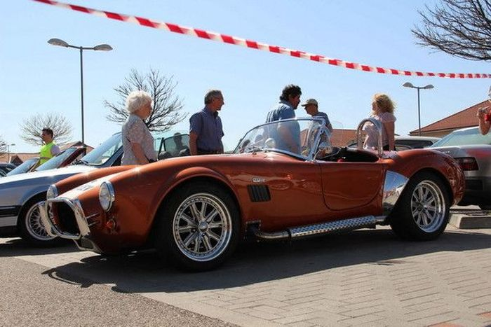 Слет любителей ретро-автомобилей в Будапеште (78 фото)