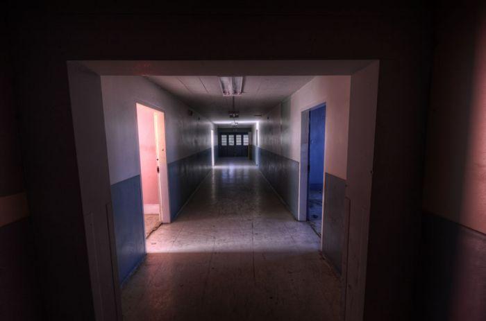 Колыбель страха - Linda Vista (59 фото)