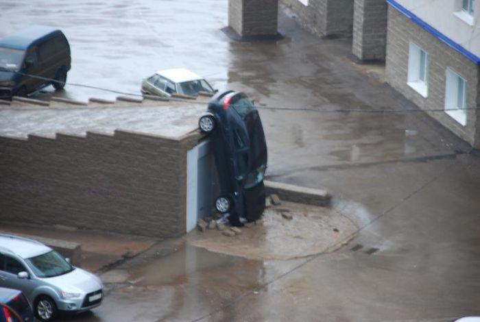 Неудачная парковка (14 фото)