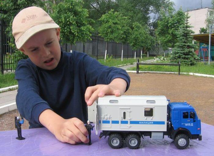 Детская игрушка со смыслом (7 фото)