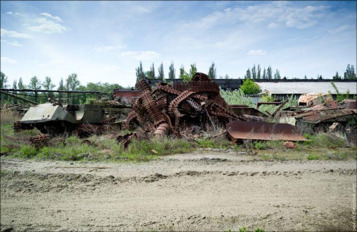http://cdn.trinixy.ru/pics5/20120605/tank_01.jpg
