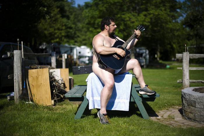 Канадский парк для натуристов (16 фото)