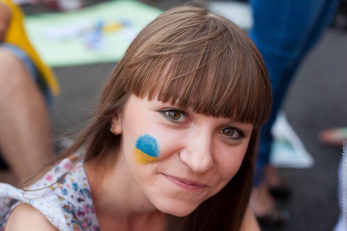 Болельщицы на матче Украина-Швеция (30 фото)