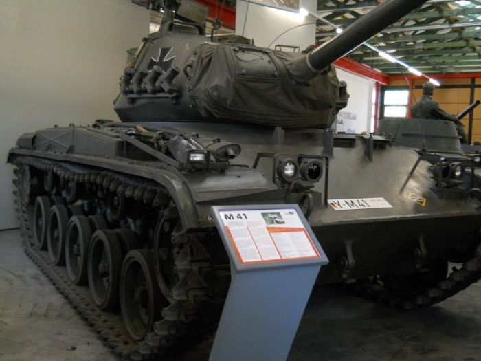 Танковый музей в Германии (117 фото)