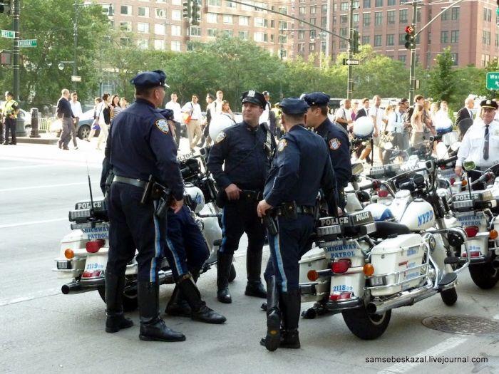 Как кортеж Обамы передвигается по Нью-Йорку (30 фото + 2 видео)