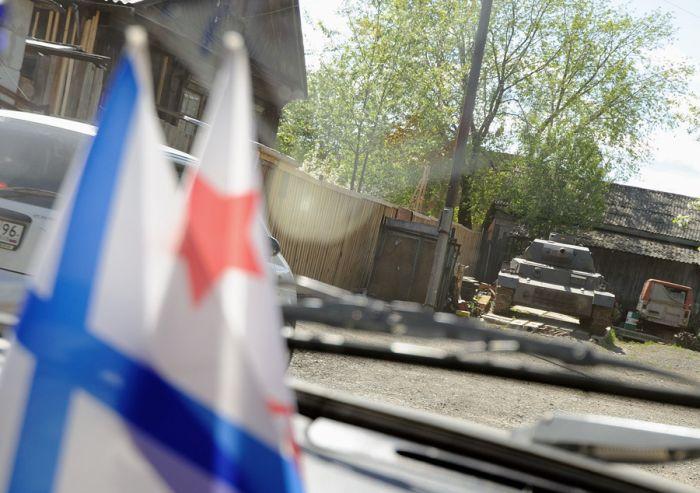 Самодельный танк от мастера на все руки из Екатеринбурга (9 фото)