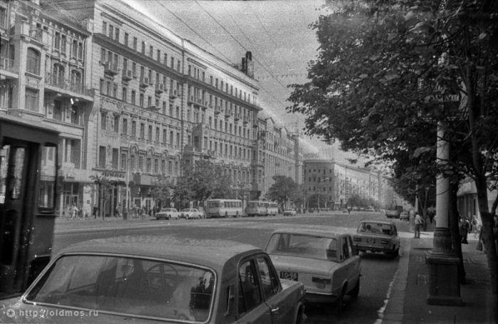 Когда улицы столицы были зелеными (33 фото)