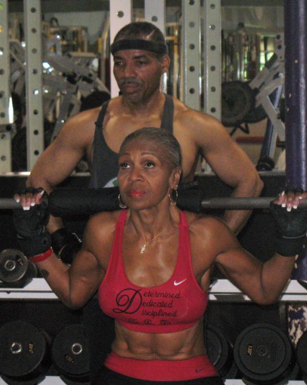 75 Yaşındaki Güç (12 Fotograf)
