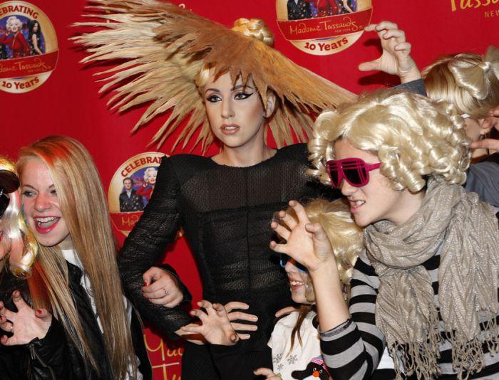 Фанатки Lady Gaga. Часть 2 (29 фото)