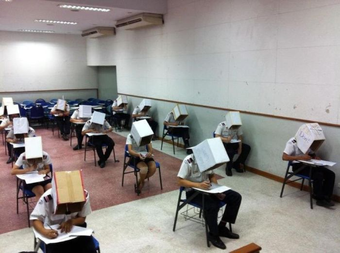 Sınavlarda Kopya Çekmeye Son