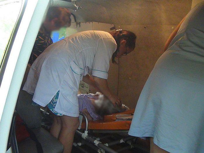 Бабуля выпала с 8-го этажа (8 фото + 2 видео)