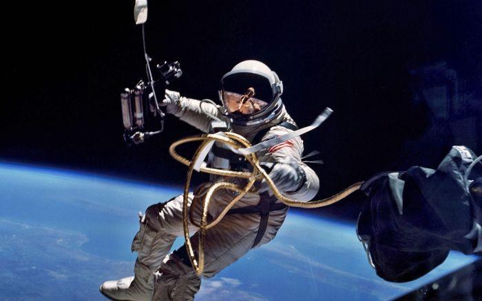 Что произойдет с человеком в открытом космосе за 90 секунд (1 картинка + текст)