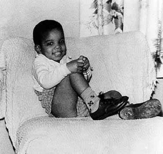Doğumundan Ölümüne Kadar Michael Jackson Fotoğrafları (48 Fotograf)