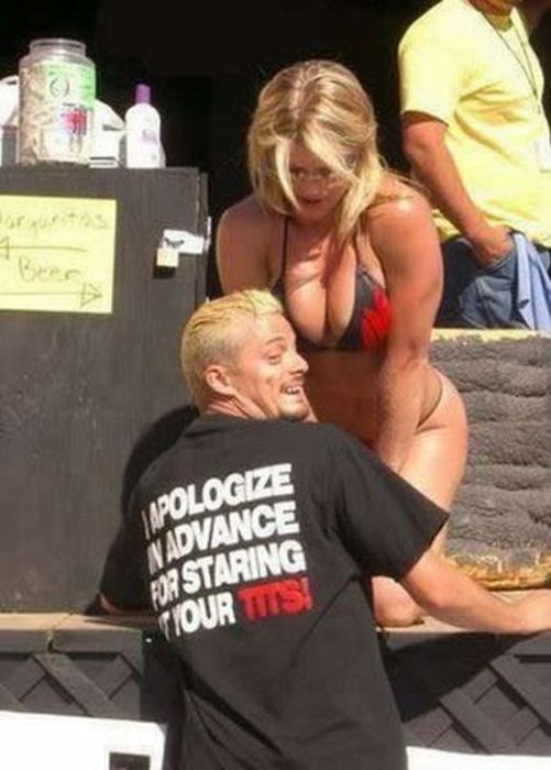 Неудачные снимки девушек в бикини (59 фото)