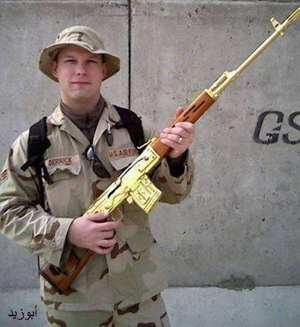 Оружие из золота и серебра из коллекции Саддама Хусейна (19 фото)