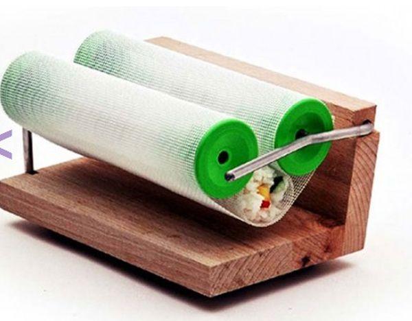 Классное приспособление для приготовления суши (8 фото)
