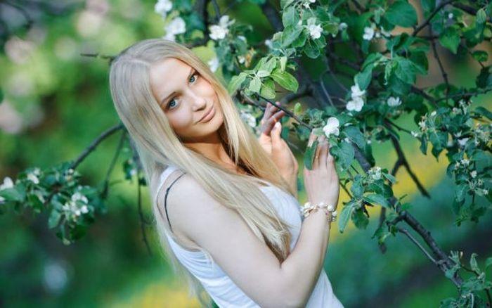 Красивые девушки (40 фото)