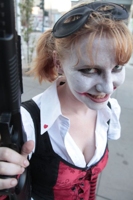 Девушки с фестиваля Comic Con 2012 (67 фото)