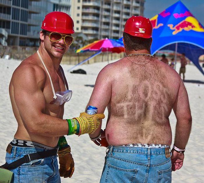 То, что раздражает в отпуске (24 фото)