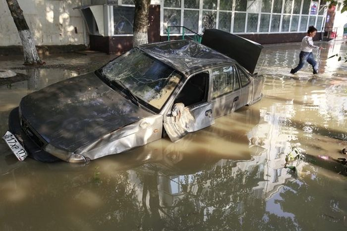 Крымск после наводнения (54 фото)