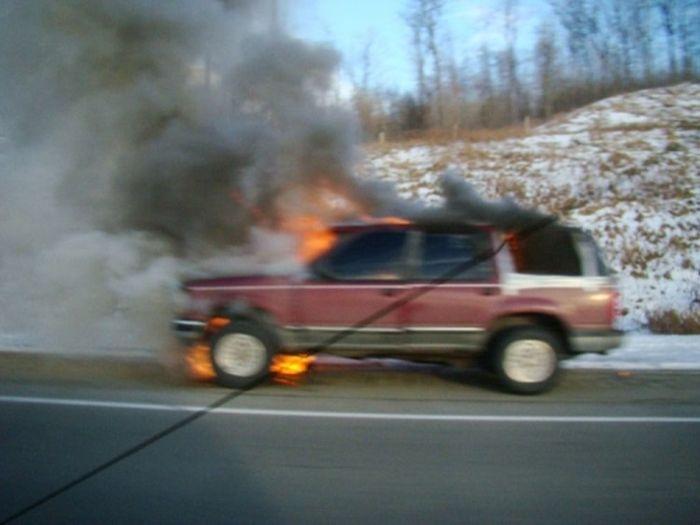 Спорткары в огне (45 фото)