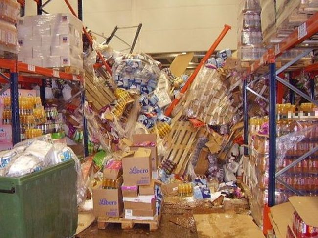Кошмарный сон уборщика (24 фото)
