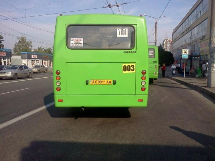 Суровые водители маршруток (5 фото)