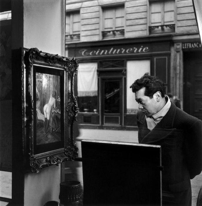 Шокирующая картина в Парижкой галерее (8 фото)