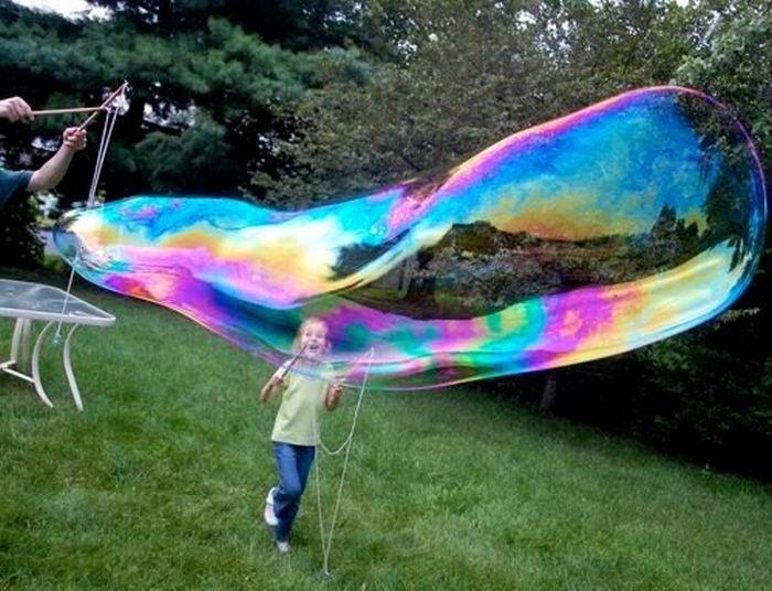 Огромные мыльные пузыри (11 фото + текст)