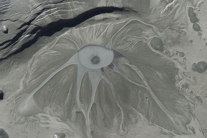 Персональный вулкан на заднем дворе (25 фото)