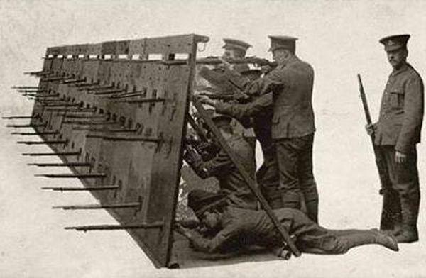Амуниция и вооружение Первой мировой войны (42 фото)