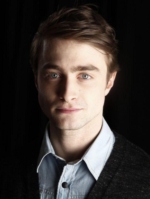Daniel Radcliffe'in Çocukluktan Bu Yana Resimleri (23 Fotograf)