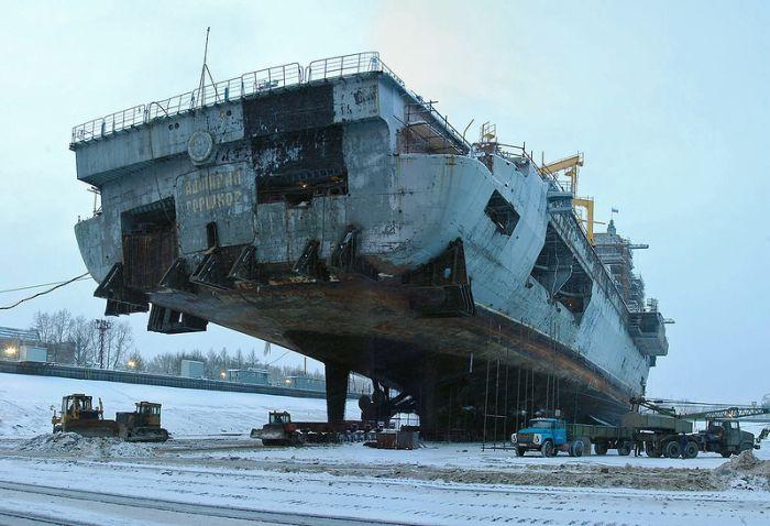 Модернизация боевого авианосца (72 фото)