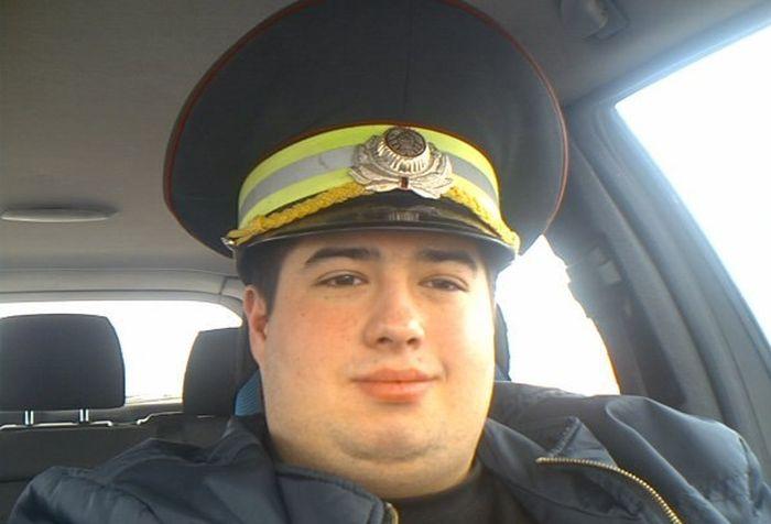 Полицейские бывают разные (3 фото)