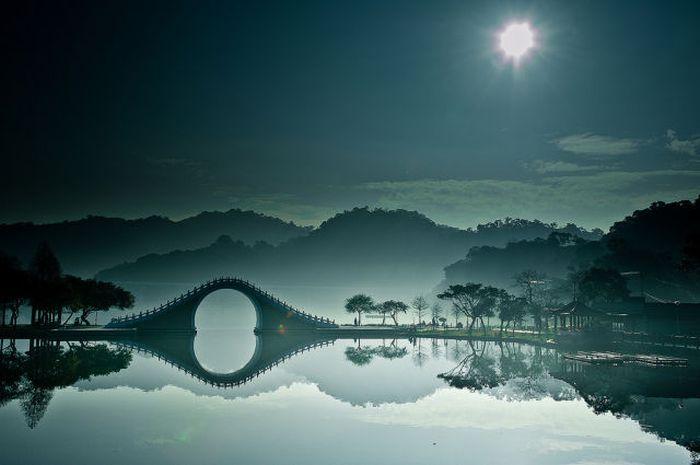 Лучшие снимки природы за 2012 год (48 фото)