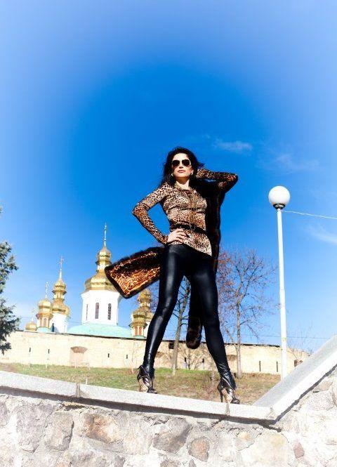 Гламурная судья Виктория Омельченко (8 фото)