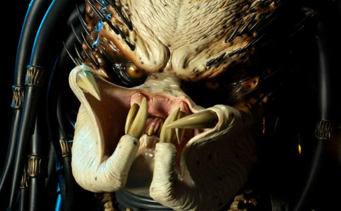 """Крутая самодельная скульптура """"Хищника"""" из фильма (22 фото)"""