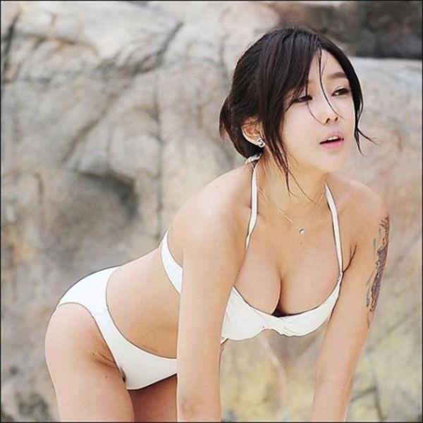 Симпатичные азиатки. Часть 2 (72 фото)