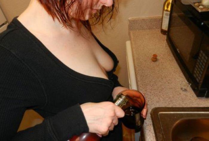 Девушки, которые не любят носить бюстгальтеры (38 фото)