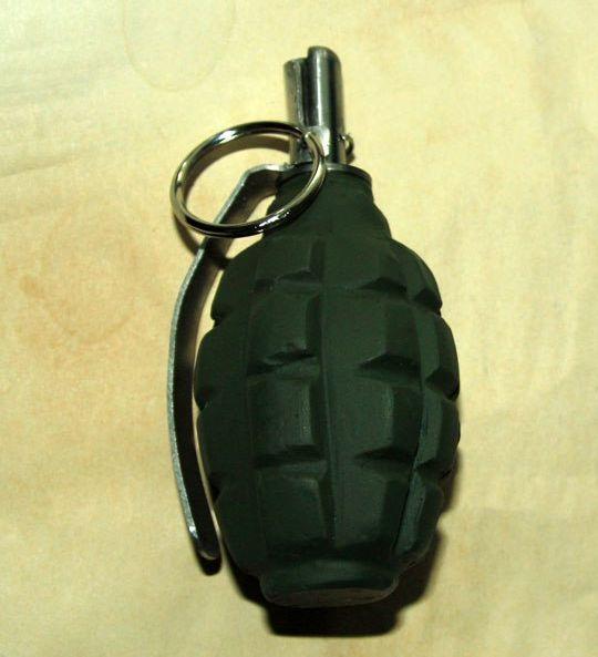 Делаем муляж ручной гранаты (13 фото)