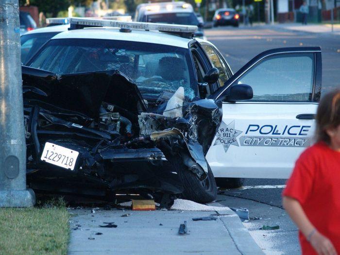 Неудачная полицейская погоня (7 фото)