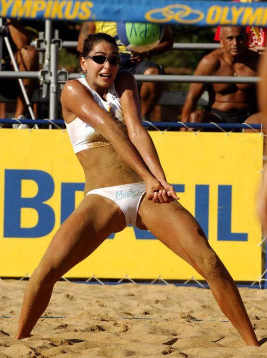 Люблю женский пляжный волейбол (25 фото)