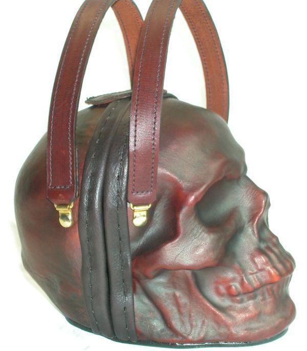 Женская сумка для настоящих готов (5 фото)