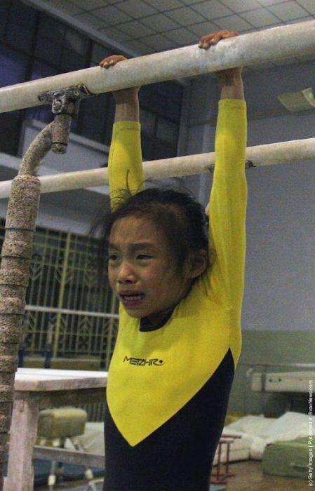 Чего стоят китайские золотые медали на Олимпиаде (38 фото)