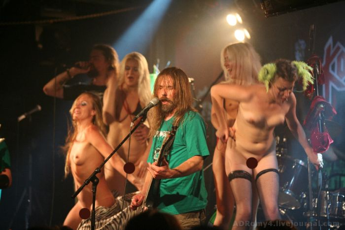 Порно концерты корозии металла