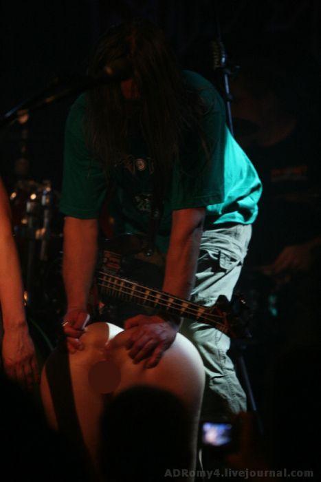 """Развратная презентация нового альбома группы """"Коррозия Металла"""" (64 фото)"""